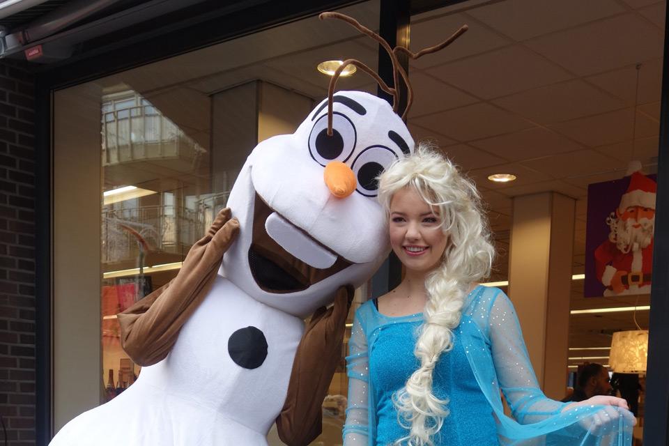 Elsa & Olaf Bij De Profronde Almelo